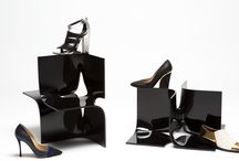 THE RIGHT SHOE FOR THE OFFICE / Check the selection for your working hours