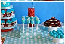 Event decor and food / Dr Seuss party trick snacks