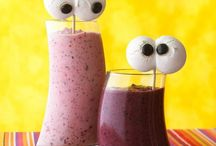 Smoothies & Drinks / by Granny Cox