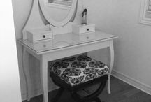 makeup vanity / by Pattie Burton