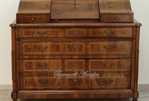 Antiques furniture / Mobili antichi