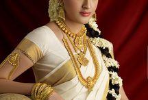 Kerala Saree online / Buy Kerala Saree online from DevotionalStore.com