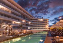 Dazzler Hotel Colonia / · Proyecto y Dirección de obra de la segunda etapa: Vanguarda Arquitectos · Desarrollo: Big Ben, Desarrollos Inmobiliarios