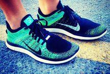 Nike ruhák