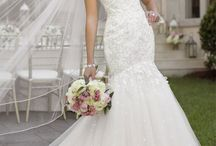 Say Yes to the Dress / by Sara Opyt