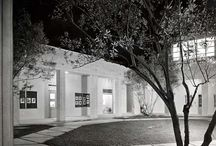 USC Fischer Art Gallery / The historic Fischer Art Gallery located at the University of Southern California