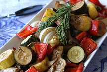 Side Dishes / by Stacey French-Lee