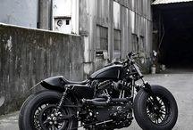 Motorcycles / Motors