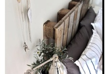 Melissa & Jared / Here's a couple photos to see the pallet headboard idea.  :)  / by Stephanie Higgins