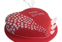 Birthday Cake Delivery in Delhi Online with Free Shipping