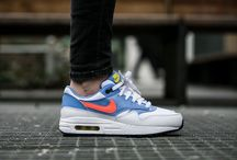 "Nike Air Max 1 (GS) ""Chalk Blue"" (807605-101)"