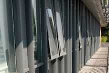 Strata Walkway / A modular off-site walkway construction offering a quick and efficient installation process with cassettes installed between support brackets.