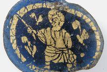 Roman Gold Glasses
