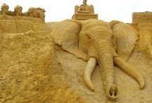 Sand / ,