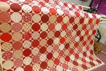 Snowball quilts / by Cheryl Fogg