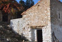 Projecte pedra en sec / Projecte realitzat fent escola a casa (etapa educació infantil). Rehabilitació i adequació de l'entorn de la casa per mitjà de treballs de pedra en sec.