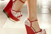Pantofi și haine