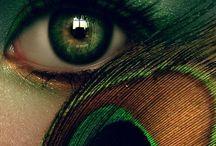 Green / green, emerald green...