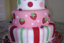 cakes / by Kristy Hahn-Maczuba