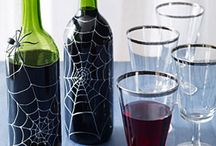 Ontario Wine Crafts / Reuse the bottles and corks that once held your favourite Ontario wine with some of these fun crafts