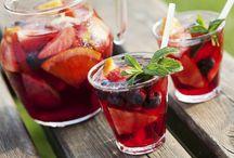 Drinks, Drinks, Drinks / Hier dreht sich alles rund um Getränke: Von Cocktails über Bier bis hin zu Detox-Water  – Rezept-Ideen und Trends aus aller Welt.