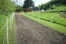 safe horse fencing / tips and ideas for heaping to create safe paddocks and pastures using safe fencing