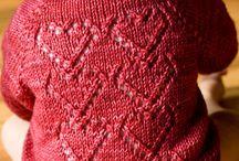 tricot coeurs pour bébé