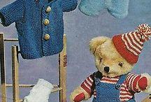 teddy bears knitted