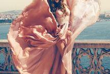 FIT Aphrodite: En Vogue / High Fashion and high fashion photography