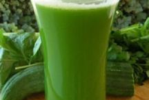 B`s Healthy JUICING / Variety of healthy juicing
