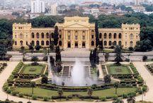 São Paulo / São Paulo é um município brasileiro, capital do estado de São Paulo e principal centro financeiro, corporativo e mercantil da América do Sul.  População: 11,32 milhões (2011) Área: 1.523 km² Wikipédia