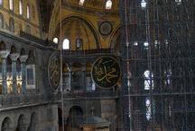 Turchia / Il profilo delle moschee e degli antichi palazzi, il profumo delle spezie, l'aroma del caffè turco, i colori vivaci dei bazar, delle candele e delle stoffe… un paese in cui c'è sempre qualcosa da scoprire www.qualitygroup.it