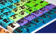 nerd cakes / Nerdy cake decoration ideas
