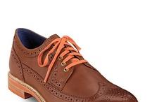Men's shoes / by Nancy Nieves