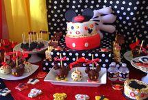 World of Disney    -Mickey motif-