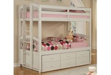 Trundle bunk beds / by Beth Tagliarini