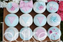 Mother's Day Cakes and Cupcakes / Mother's Day Cake and Cupcake designs