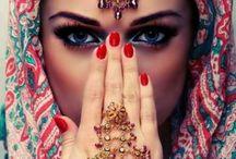 Hijab.. Hijab.. Hijab everywhere!!