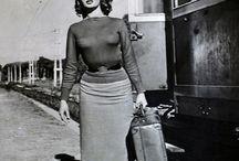 SOPHIA  LOREN....gran signora / Italienische Schauspielerin geboren am 20. September 1934 in Rom / Italia bürgerlich Sofia Villani Scicolone. Sophia Loren wuchs in der Kleinstadt Pozzuoli bei Neapel auf.