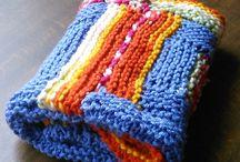 Deky a přehozy / Blankets and bedspreads / Háčkované a pletené / Knitted and crocheted
