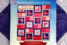 Dancing Butterfly Quilt Along / Collection of beautiful quilting photos from the Dancing Butterfly Quilt Along.