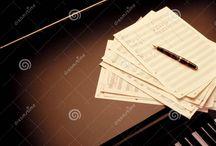 """Logic ký âm / Đọc tựa đề chắc các bạn thắc mắc khá nhiều nhỉ? Rằng ký âm là một công việc chuyển thể từ việc hát sang note nhạc thôi mà, hát sao thì ký vậy thôi chứ làm gì có logic gì :). Nhưng sự thật là…có đấy các bạn ạ, và nó rất quan trọng cũng như cần thiết cho cả người ký âm lẫn người xướng âm trong việc rút ngắn thời gian """"vỡ bài"""" khi người ta nhận một bản nhạc."""