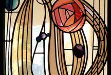 Charles Rennie Mackintosh / De ontwerpen van deze Schotse designer( 1868 - 1928) zijn prachtig!