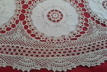 Antique lace (Victorian, Edwardian ...) / Limerick tambour lace, Irish crochet lace, needlerun tulle lace, Carrickmacross lace, tape lace, Valenciennes and Maline lace, Point de Gaze, Mechlin and Brussels lace, needle and bobbin lace ...