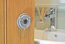 bathroom vacant switch