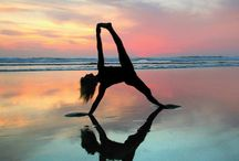 Yoga meditation photography / Yoga and meditation poses are so beautiful and inspiring!