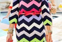 Chevron printed dress / All checrons