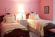 Girl's Bedrooms & Bathrooms / by Kimberlee Anderson