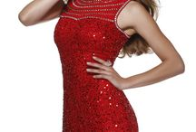 Valentine's Day with Shail K / Glamorous dresses for a very special occasion