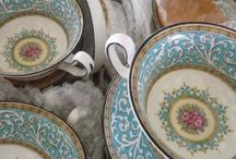 Vintage China / Vintage China, Lenox, Limoges, Mikasa, Royal Doulton, Spode, Wedgewood, and more.